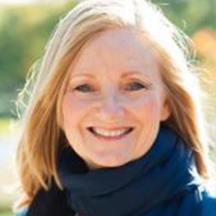 Cathy Wagner Headshot